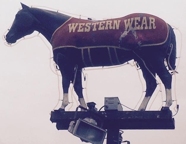 Big Horse sign