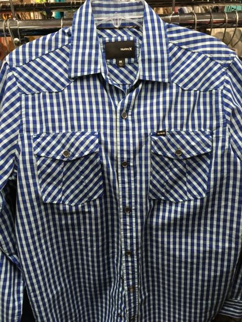 Hurley snap button shirt