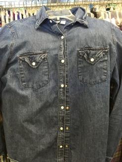 Canyon River Blues snap button shirt