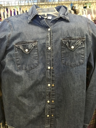 Canyon River Blues snap button shirt
