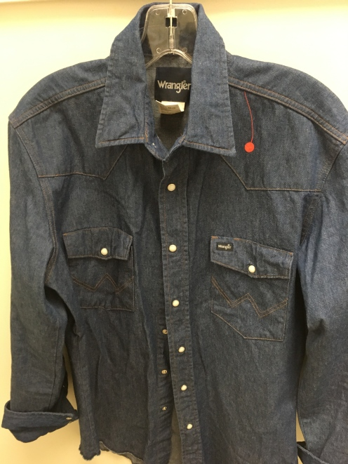 I found this blue jean Wrangler western snap button shirt at a local Goodwill store.