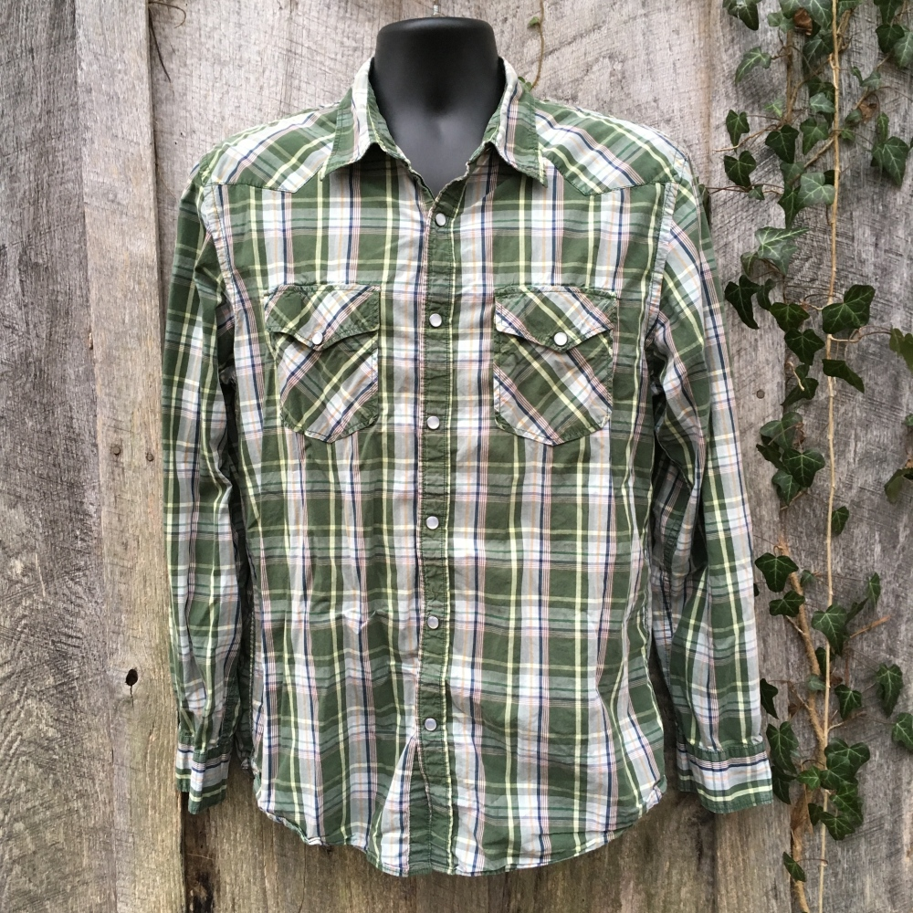 snap-button-western-shirt-old-navy-green-plaid-l